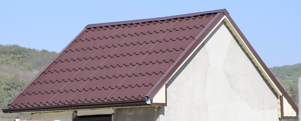 Blacha trapezowa na dachu